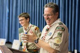 Scout-award-event_Leader-teen-scout-laugh_2018